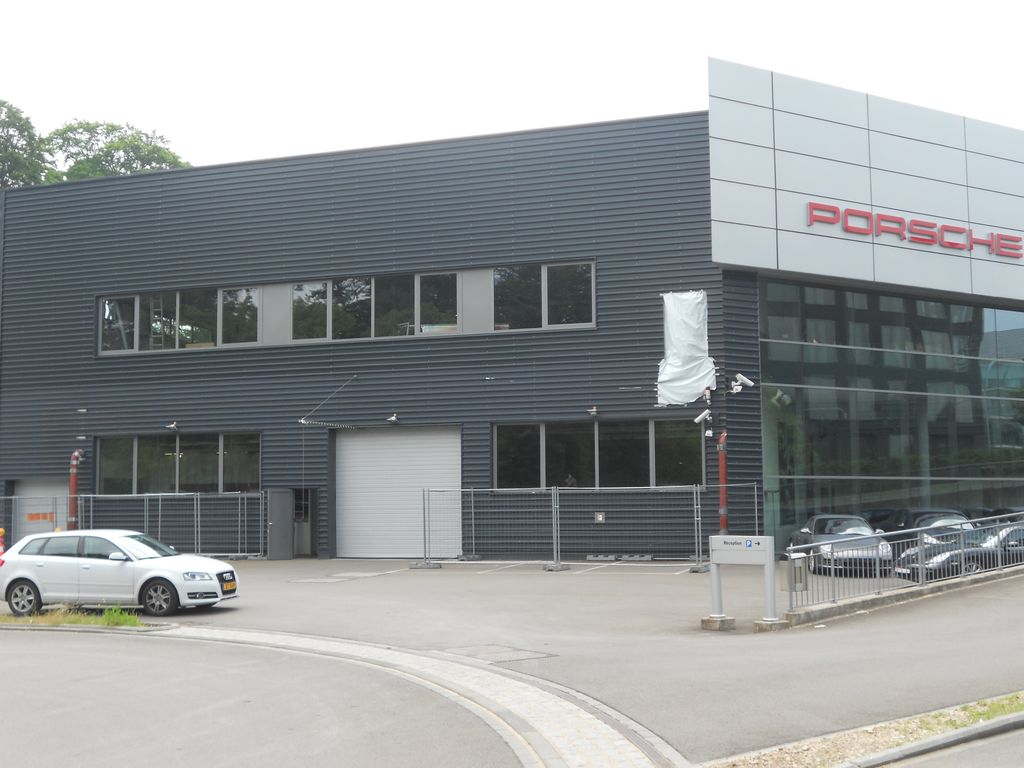 20.Luxembourg-atelier-automobile16_1024