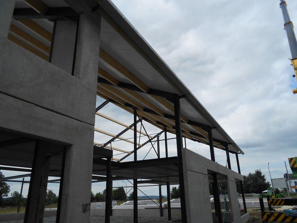 23.Houffalize-hall-industriel08_1024